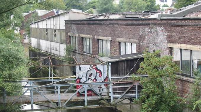 Marode Industriehallen Säumten Die Ufer Der Ennepe Im Bereich Nirgena.