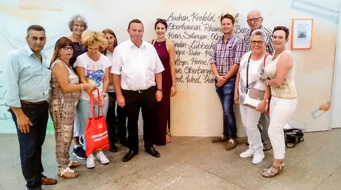 70 Jahre NRW Und 70 Jahre Landeshauptstadt Düsseldorf: Die Gevelsberger SPD Feiert Mit